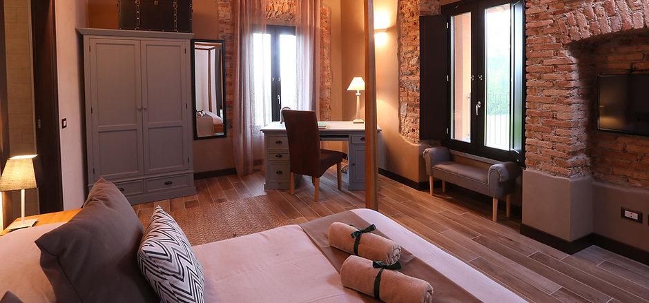 camera7-suite-letto-matrimoniale-divanol