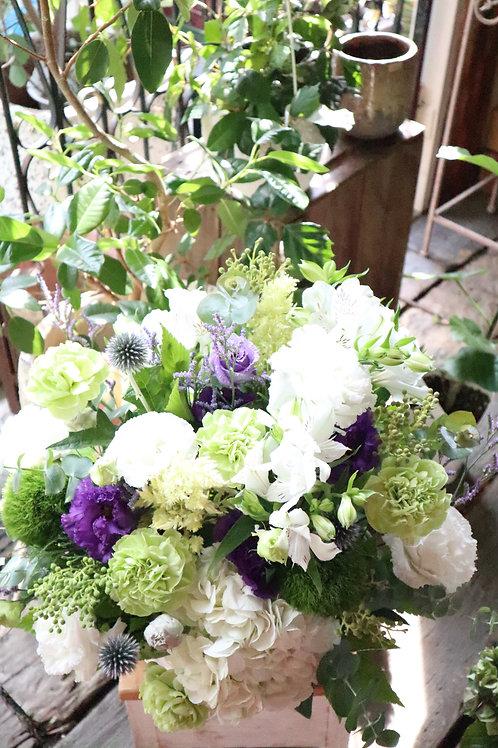 季節のアレンジメント・お供えの花