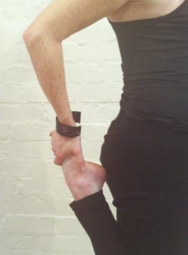 colour thigh stretch.jpg