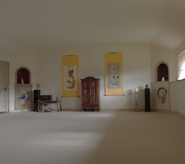 yoga room bonhays.jpg