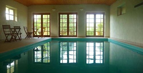 The pool at Bonhays retreat centre