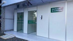 Unidade de saúde distribui kits de medicamentos com cloroquina, em Fortaleza