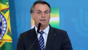 Bolsonaro anuncia que quem se vacinar terá que assinar termo de responsabilidade