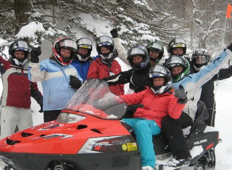 Take Your Team on a Tour! Company Outings with Snowmobile Vermont