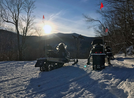 Five Reasons a Snowmobile Vermont Tour is the Perfect Activity for a Wintry Day
