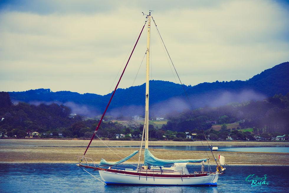 omaha boat 2 small.jpg