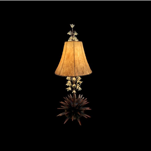 TX Yucca Lamp with White Blossoms