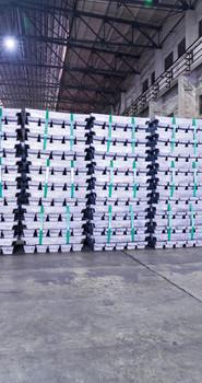 lead-ingots-in-a-factory-warehouse-PT6WCZ4.jpg