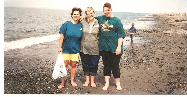 Mom & Her Two Girls at the Beach