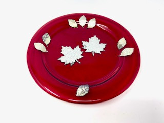 Garnet Glass Leaf Plate