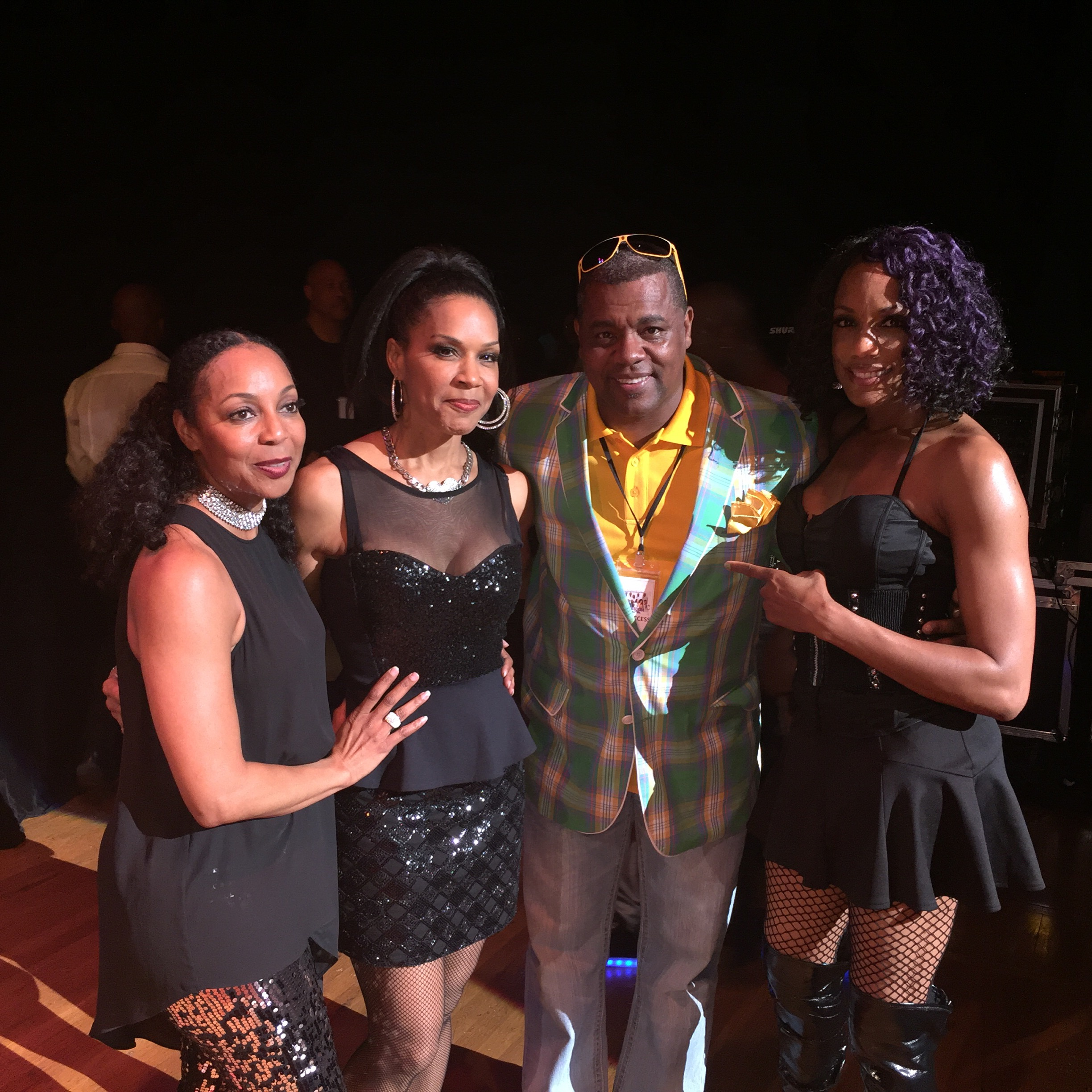 ENVOGUE + MIKE B