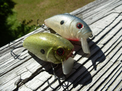 Pair of Wakebaits - Green frog and Blue Shad