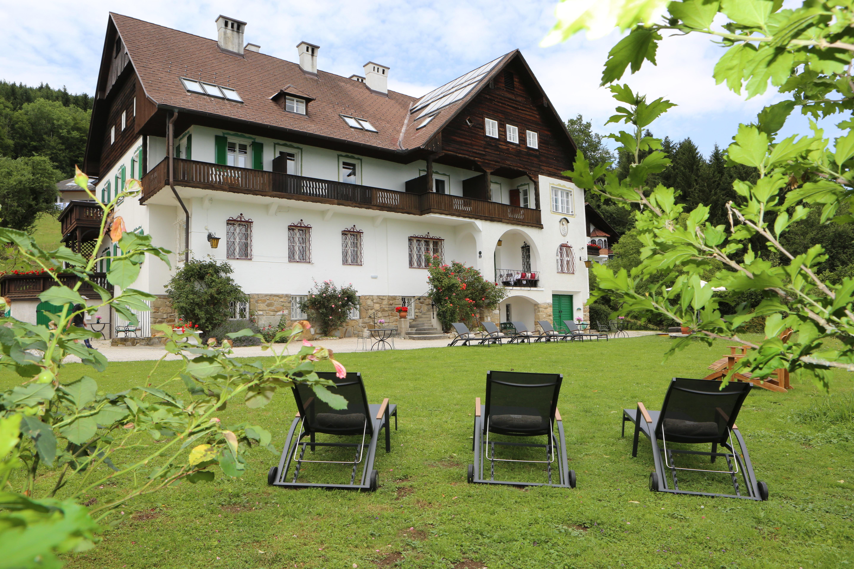 Villa Weiss | Charming Boutique Villa | Attersee