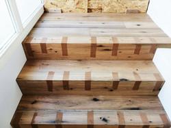Sonderanfertigung Treppenstufen mit passgenauen Anschnitt zum Mauerwerk