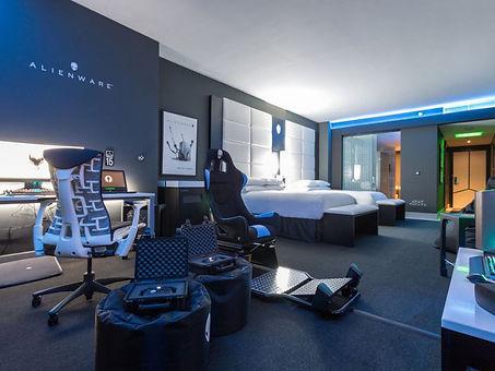 Hilton_Panama_Alienware_Room_Gaming_hotel_room_12.jpeg