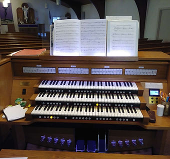 organ at Redeemer Lutheran Church Sanford Florida
