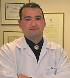 Rodrigo Piccione Colatusso, angiologista, cirurgiao vascular, Curitiba, varizes, laser, espuma, varicoses, vasinhos, escleroterapia