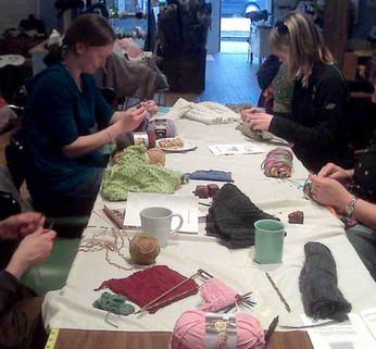 knitting+class+pic.jpg
