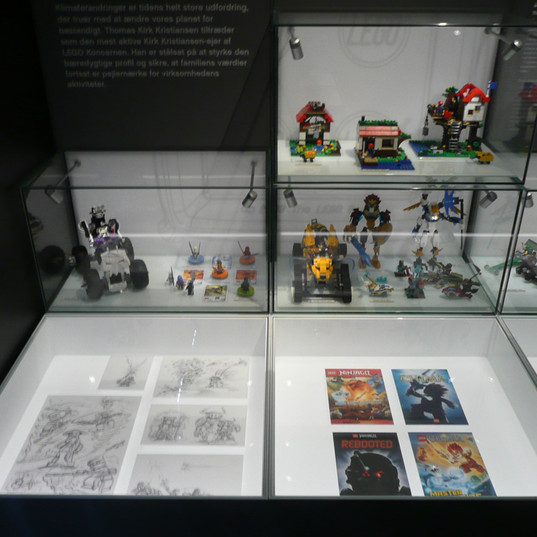 LEGO® House LEGO® House — The History CollectionCollection