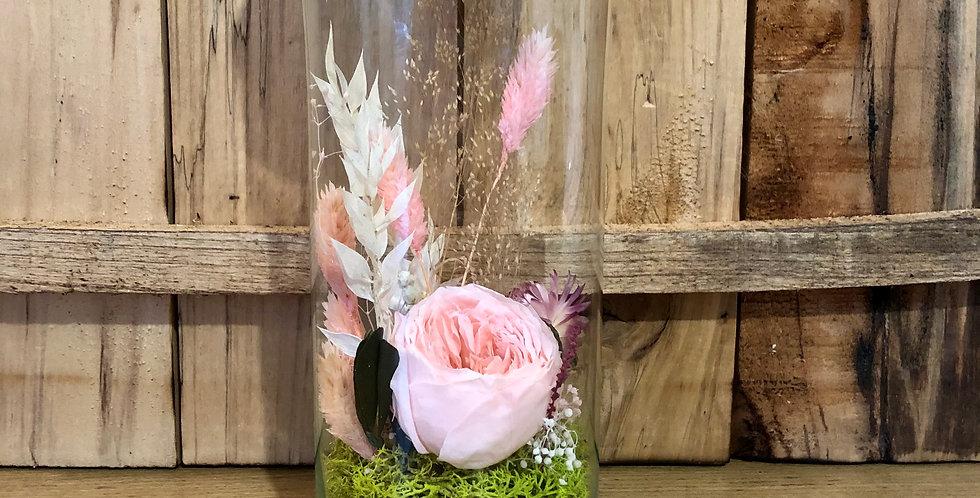Des fleurs en bouteille