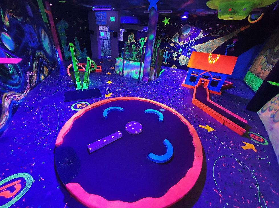 Alien Space, Glow-In-The-Dark Golf