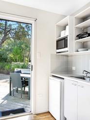 Cabin kitchen_1570670778-1800.jpg