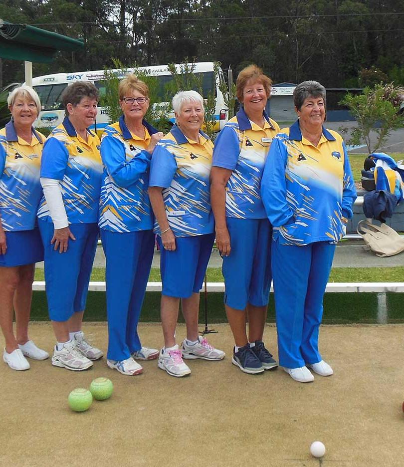 womens-bowls-team.jpg