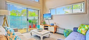 lounge4-2000x900.jpg