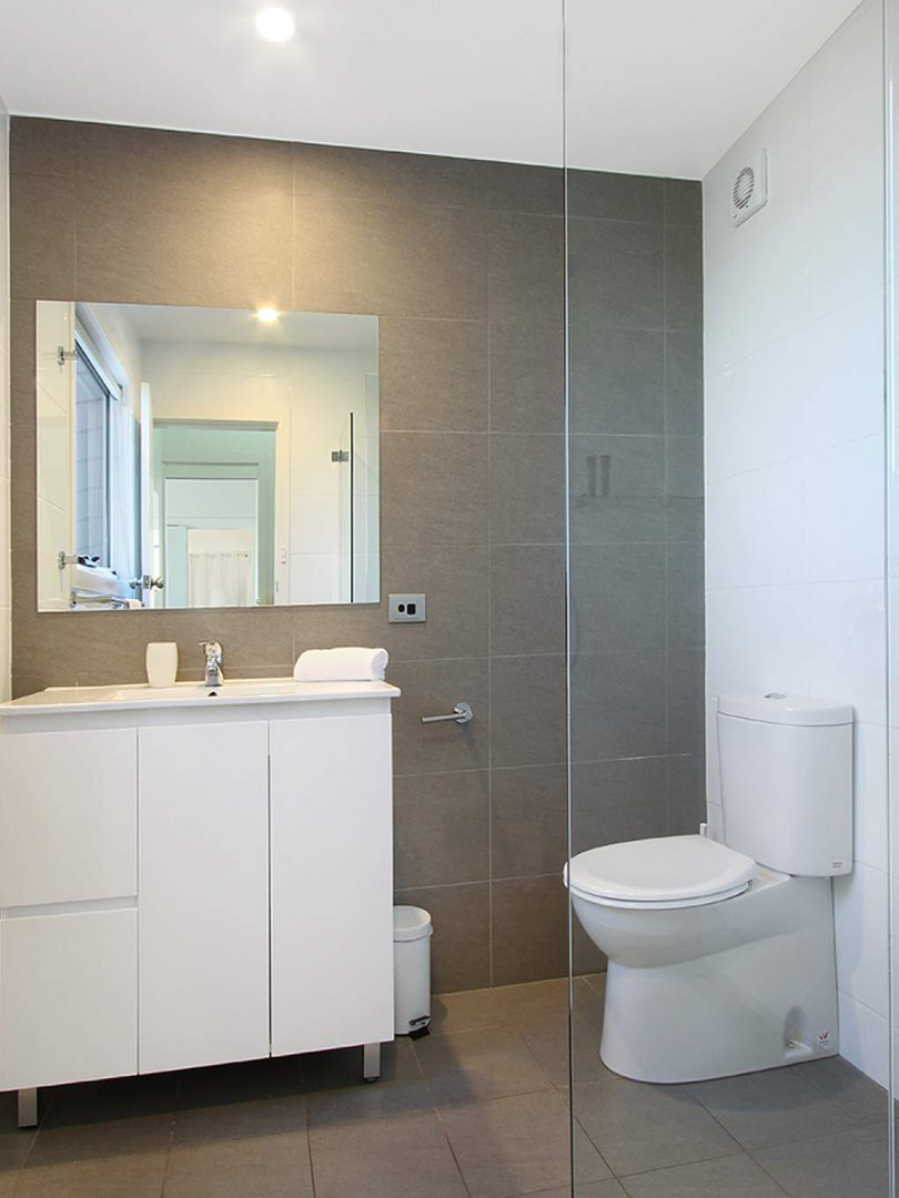 Top floor Bathroom cabinet_1570679223-18