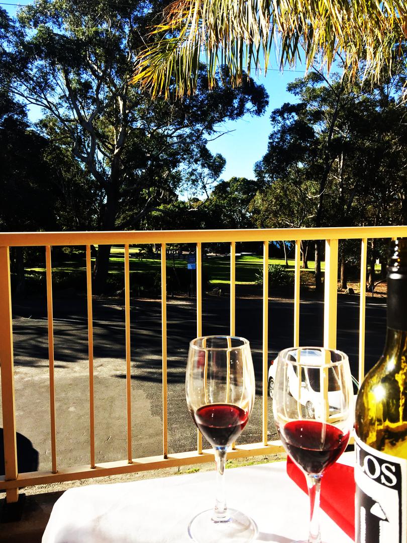 huskisson-bayside-resort-balcony-view.pn