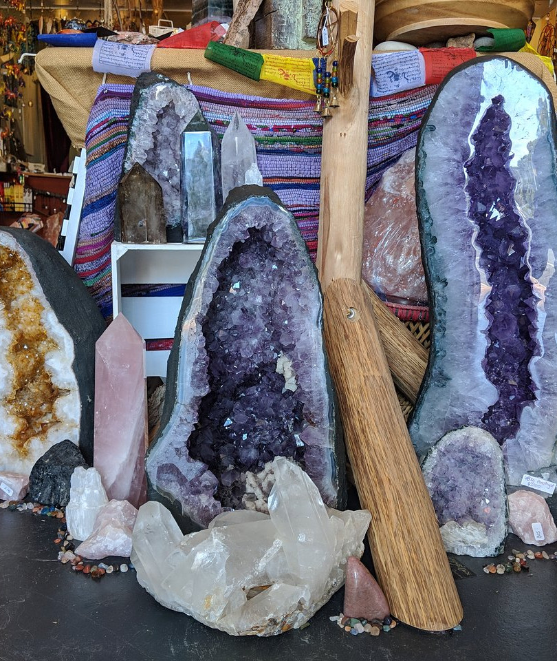 crystal-geodes-at-the.jpg