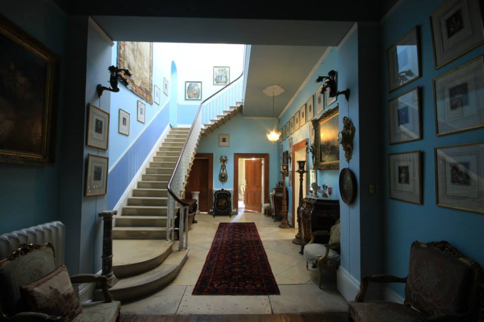 Hall_stairs_2