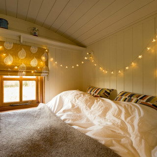 Coleshill organics wagon bedroomThe Radnor Arms, Coleshill