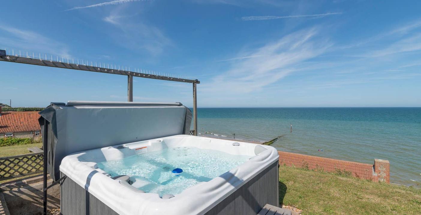 Hot tub panoramic views
