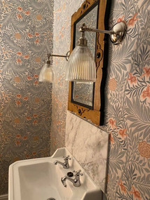 william-morris-bedroom4.jpg