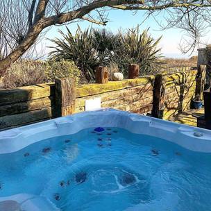 Meadow House Hot tub