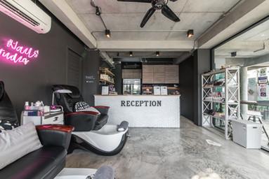 Nails Services/Reception