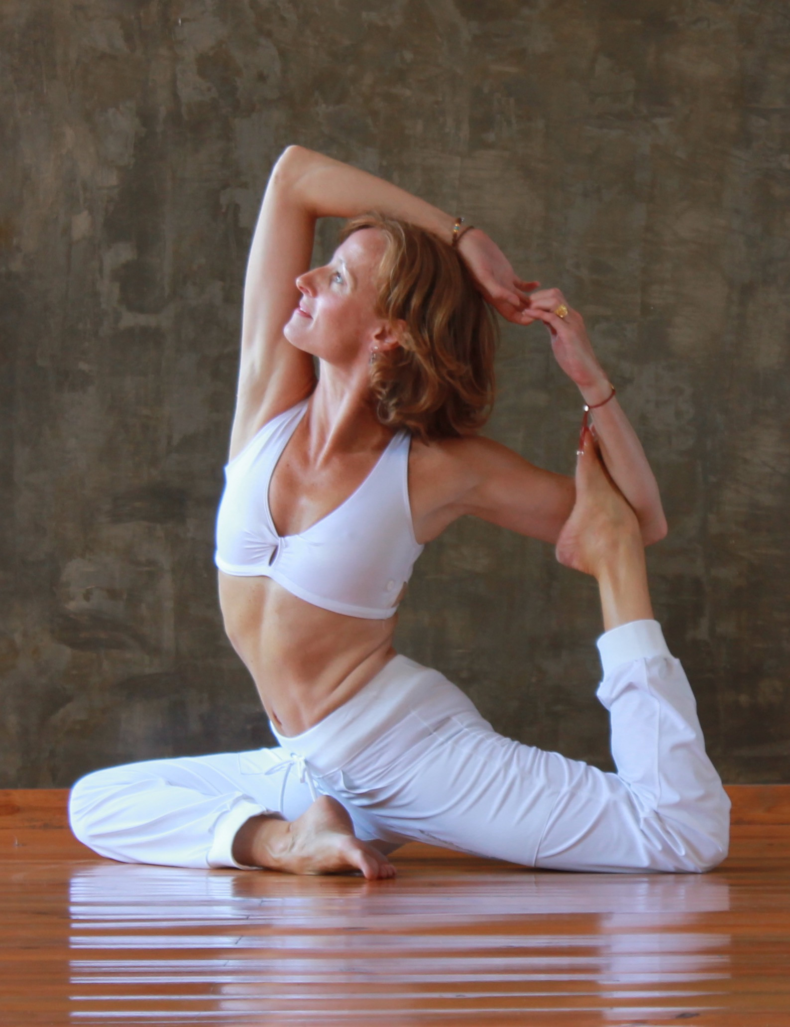 Saturday Live Online Yoga 9:45am