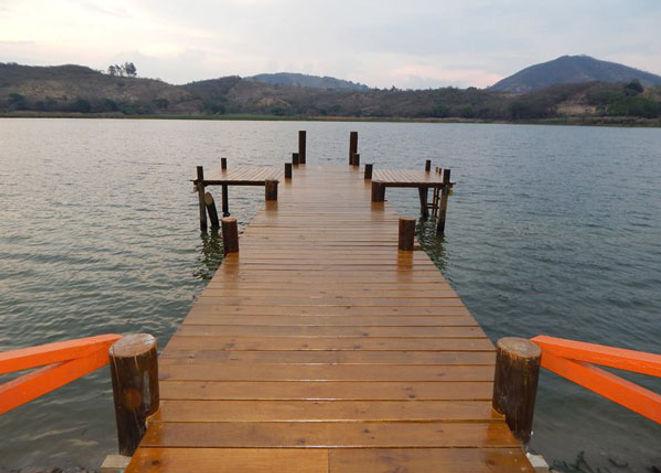 LagunadelObrajuelo.jpg