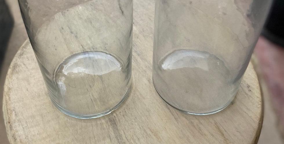 בקבוק מים פשוט עם טוויסט