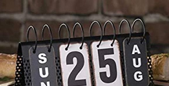 לוח שנה שולחני ממתכת