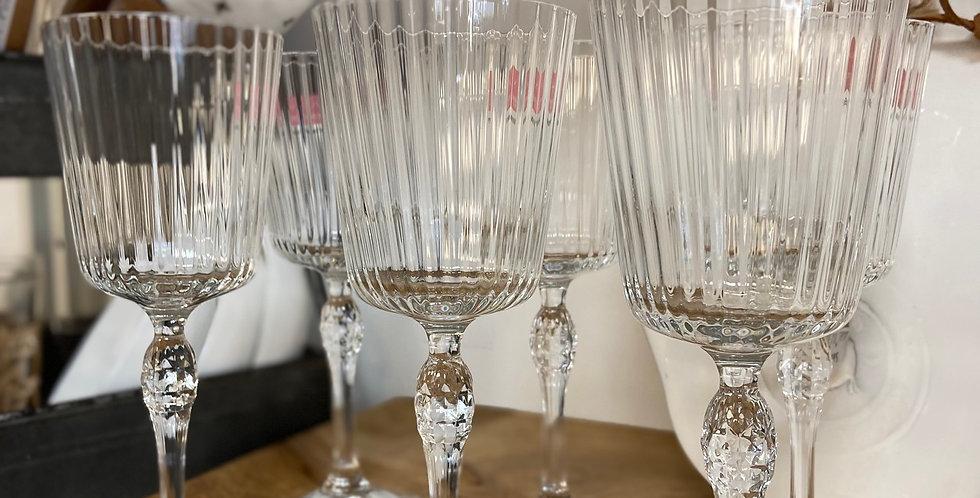 גביעי יין מהודרים
