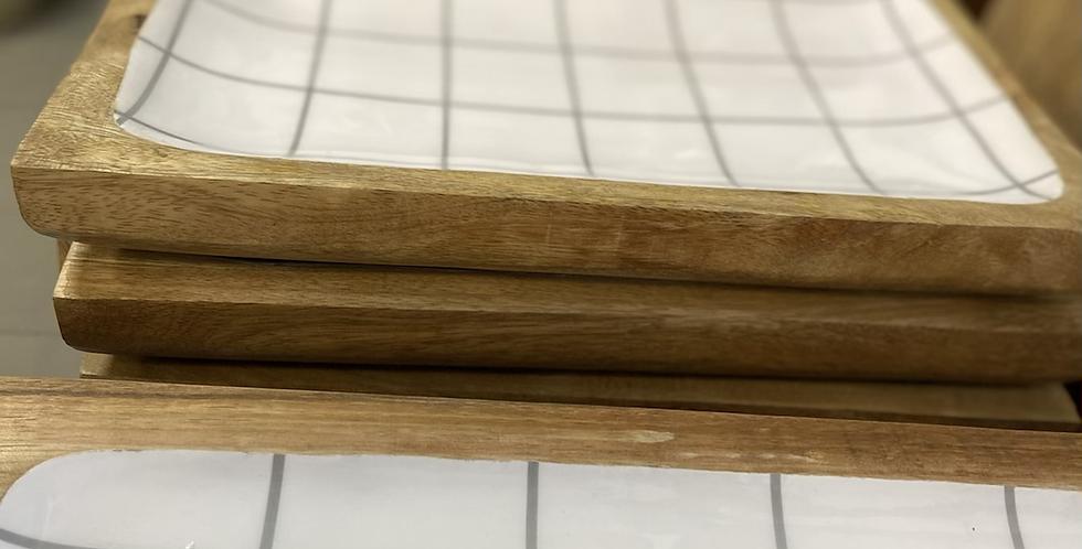 מגש עץ משובץ