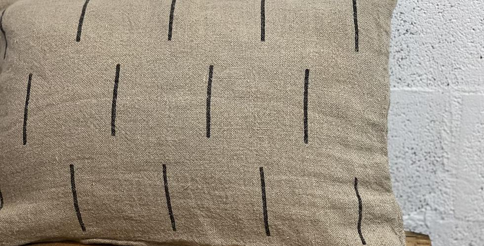 כרית פשתן סטונווש קווים שחורים
