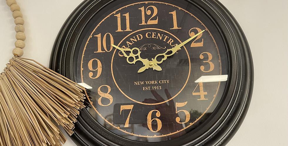 שעון קיר שחור- מציאון