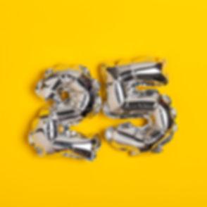 Silver foil number 25 celebration balloo