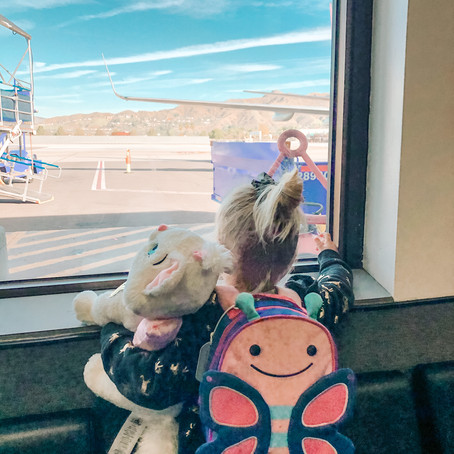 TRAVEL | HOW TO ENJOY A SOLO FLIGHT WITH A TODDLER