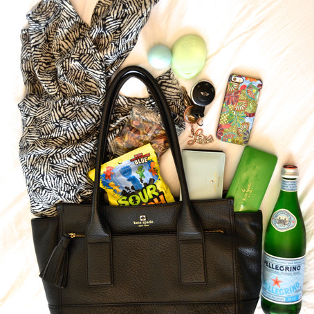 WHAT'S IN MY BAG: ROAD TRIP EDITION