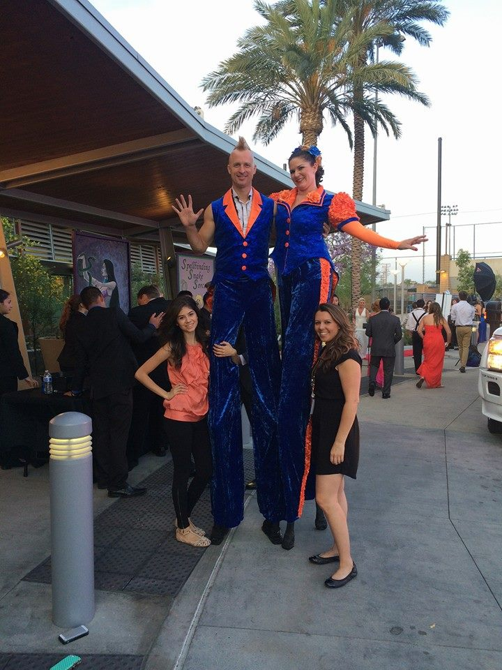 Stilt-Walkers Blue and Orange