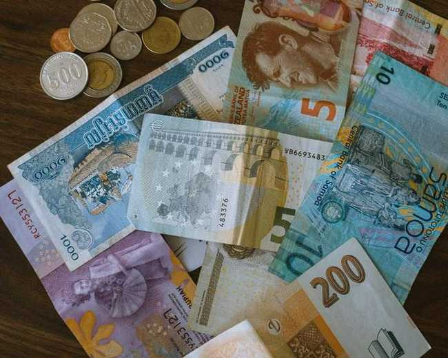 multi currency bills and coins